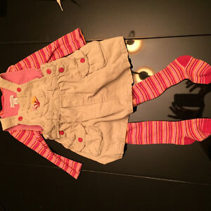 Genevieve Lapierre outfit baby