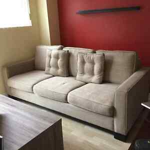 DECOR REST COUCH AND 2 CHAIRS