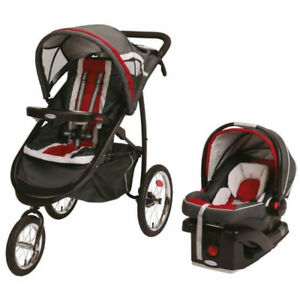 Graco FastAction  Jogger Click Connect™ Stroller Travel System