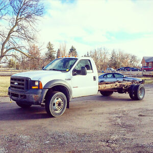 2006 Ford F450 Superduty 6.0L Diesel Cab and Chassis Truck