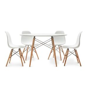 Fs: 4 x Eames chairs and table *SPECIAL*