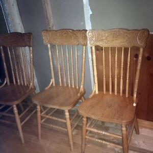 6 Oak Pressback chairs