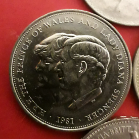 Charles and Diana crown coin