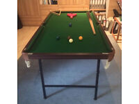 6 ft snooker table with cues and balls