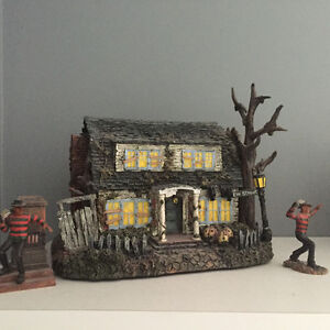 VILLAGE OF HORROR CLASSICS COLLECTIBLE HOUSES Kitchener / Waterloo Kitchener Area image 3