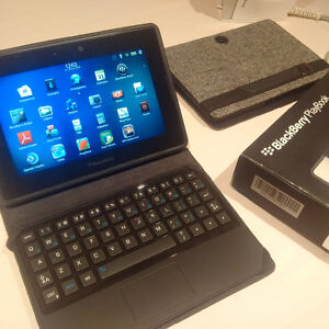 Blackberry Playbook with keyboard and extra case like new cond