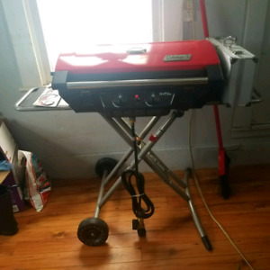 Coleman Compact/Foldable NXT 200 Propane BBQ