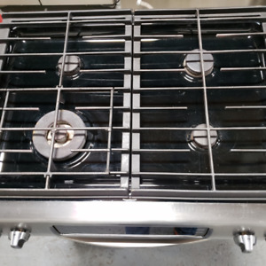 Stove Kitchen Aid Stainless Steel - Warranty Included!