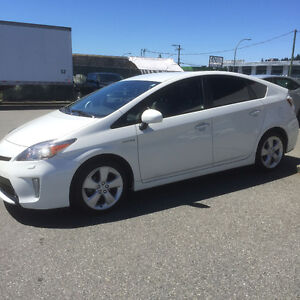 2014 Toyota Prius Touring package