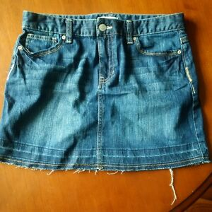 Girls Old Navy Jean skirt Kingston Kingston Area image 1
