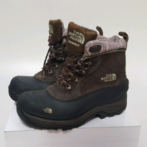 The Northface Waterproof Winter Boots ( Womens size   8.5  )