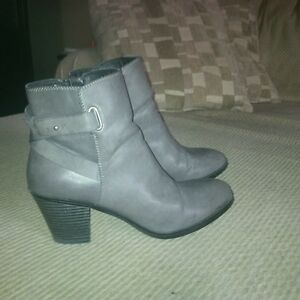 grey, size 11 ankle boots