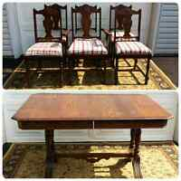 Antique Oak Dining Table and Chairs * Delivery Available *