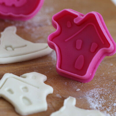 4pcs/set Halloween Biscuit Cookie Cutters Biscuit Mold Cake Decorating Tool (Halloween Biscuits Decoration)