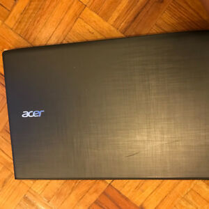 ACER LAPTOP 8/10 CONDITION