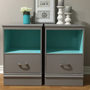 Gorgeous Set of Nightstands