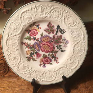 8 Antique Wedgwood Patrician Hollyhock Pattern, Dinner Plates
