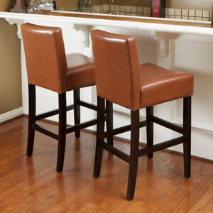NEW IN BOX! A SET OF 2 BAR STOOLS