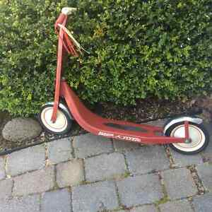Vintage Radio Flyer Retro Red Scooter Model # 38CN
