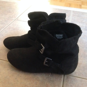 Girls Fall Boots - size 3 Y