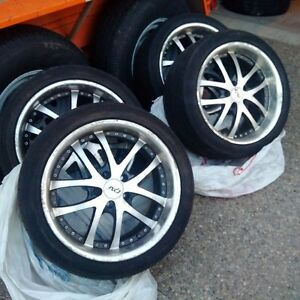255/40R18 tires and Rim set for sale...