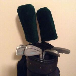 ensemble golf. bâtons et sac
