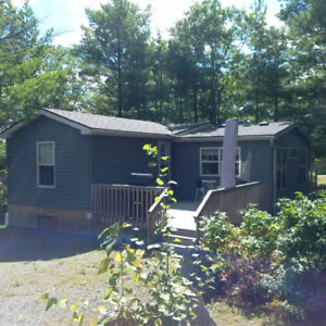 FOR SALE: Immaculate Lantern Bay Resort Cottage