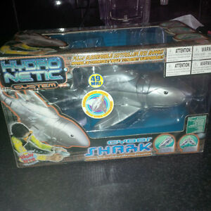 NEW IN BOX!!! Remote Control Underwater Shark