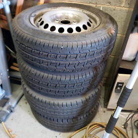 Set of 4 wheels with excellent snow and mud tred tyres 205/65R16