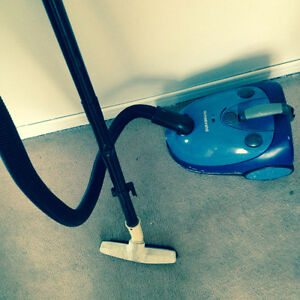Vaccum for sell $20 very good condition