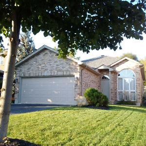 3BR Home Upper Level $1499 All Inclusive, Wonderland/Riverside