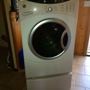 GE Front Loading Washer & Dryer with Pedestals