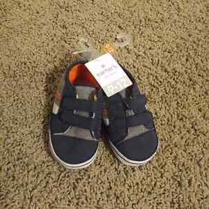 Carter's shoes - 9-12 months