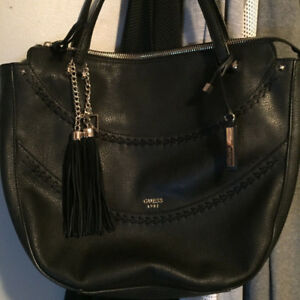 """Purse""""GUESS"""", Authentic, Brand New!"""