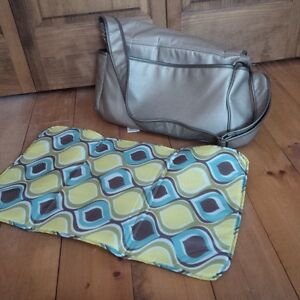 Sac a couche a vendre / Diaper bag for sell