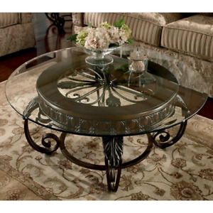 ***ASHLEY FURNITURE COFFEE TABLE SET