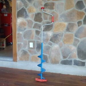 Manual Ice Auger 8 Inch