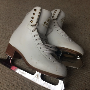 Jackson Freestyle Figure Skate