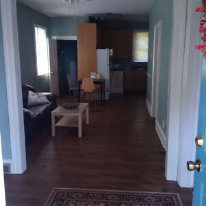 UNIVERSITY STUDENTS - VERY CLEAN 2 bdr on Campus