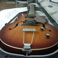 Electric Guitar - Godin - 5th Avenue  -  Kingpin II  Archtop
