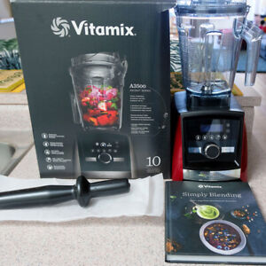 Vitamin A3500 Ascent Series Blender in Red