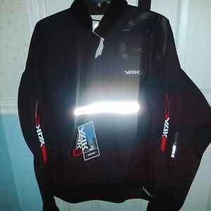 Kayaking Waterproof Pullover New with Tags, never worn XL