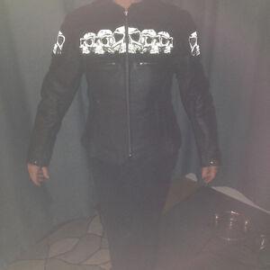 Ladies Black Leather Sculls Motorcycle Jacket - Medium Kitchener / Waterloo Kitchener Area image 3