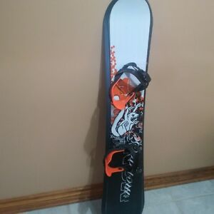Mongoose Beginner Snow Board
