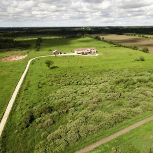 FARM / RESIDENTIAL FOR SALE - 1.5 H FROM PEARSON AIRPORT