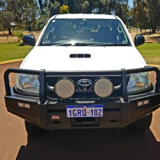2011 TOYOTA Hilux SR 4x4 Oakford Serpentine Area Preview