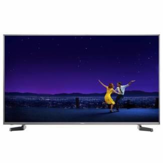 "Hisense 43N6 43"" UHD HDR Smart LED LCD TV + Logitech Speakers"