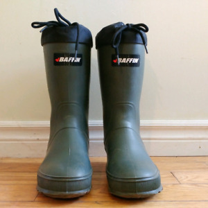 WINTER BOOTS, BAFFIN brand, insulated, size 7W and 8M  $15 each