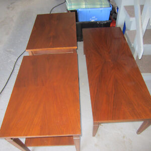 Set of 3 - Coffee Table and End Tables Cornwall Ontario image 2
