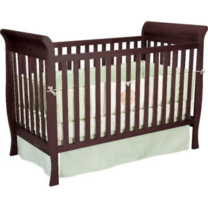 Convertible Crib 3 in 1 Expresso, good conditions, $80